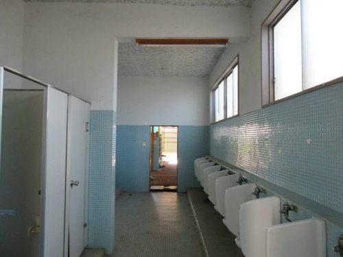高鍋西小学校トイレ改修工事開始...